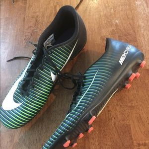 Nike Mercurial Victory VI FG soccer cleats